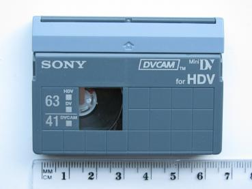 000-663 / SONY 63min Mini-HDV-DV / 41min DVCAM Kassette Video Tape in HARD BOX (PDVM-41N3) NEU