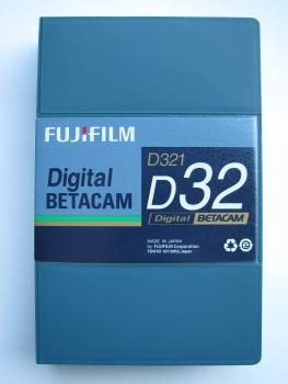000-691 / FUJI D321-D32 (small) DIGITAL BETACAM 32Min Professional Video Kassette NEU