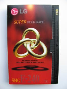 000-766 / LG E-240 SHG VHS Video Kassette (1A USED)