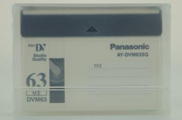 005-072 / PANASONIC 63min Studio Quality Mini-DV Video Kassette (AY-DVM63SQ) NEU