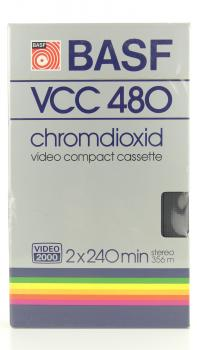 010-154 / BASF 2x240min Chromdioxid  Video2000 Kassette (VCC480) NEU