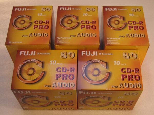 002-132 / 1x50 PACK FUJI CD-R PRO 80 Minuten AUDIO Rohlinge Write Once Jewel Case OVP NEU